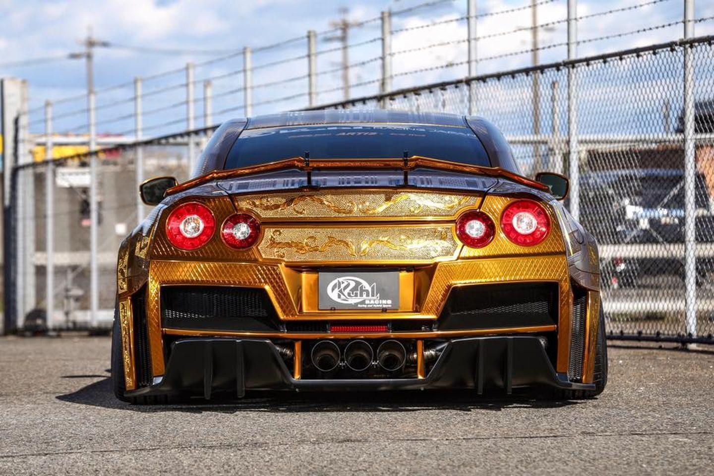 Nissan GT-R Kuhl Racing 3