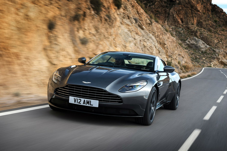Aston Martin DB11: ¡fuera camuflaje!