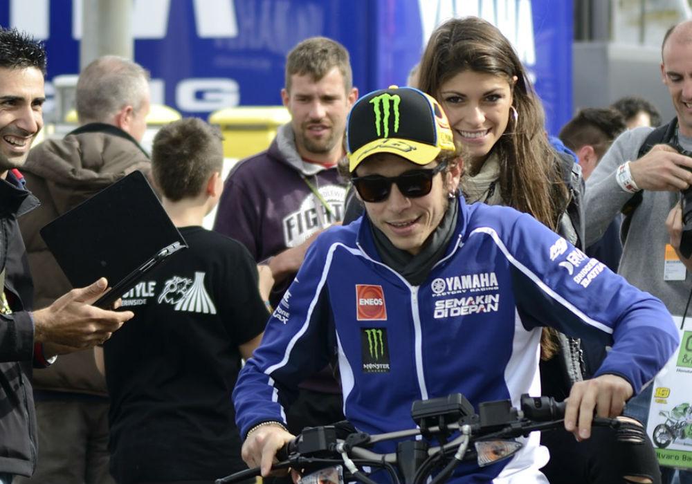 Valentino Rossi también comenzará el mundial soltero