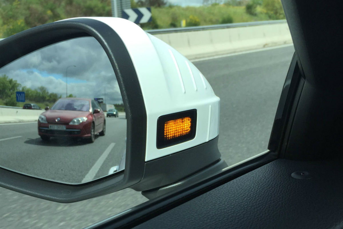 Las nuevas tecnologías de los coches causan accidentes