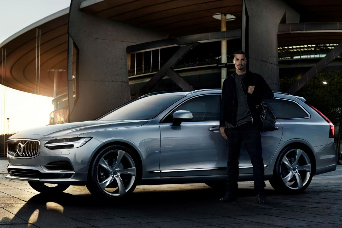 Zlatan Ibrahimovic, al volante del nuevo Volvo V90