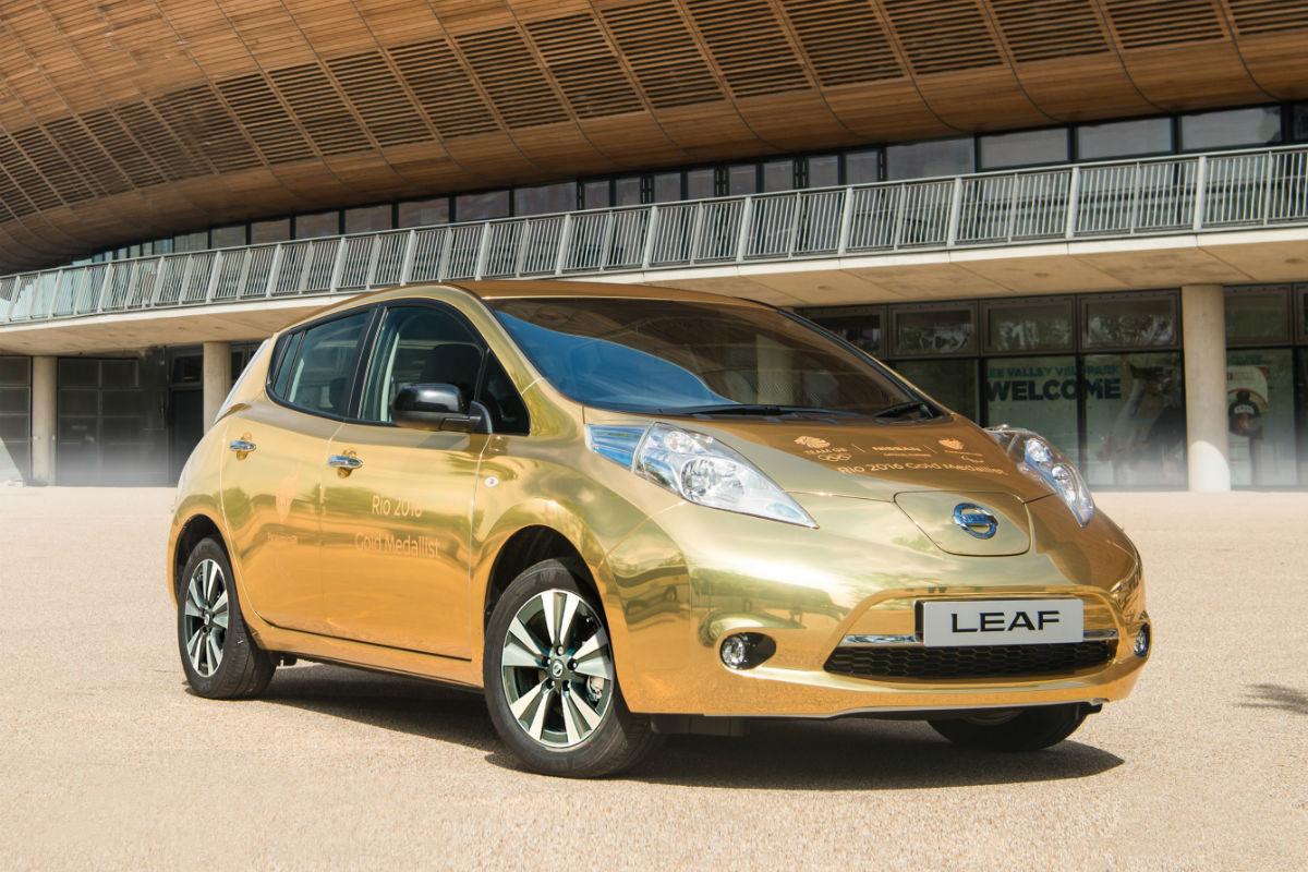 Nissan Leaf Gold 1