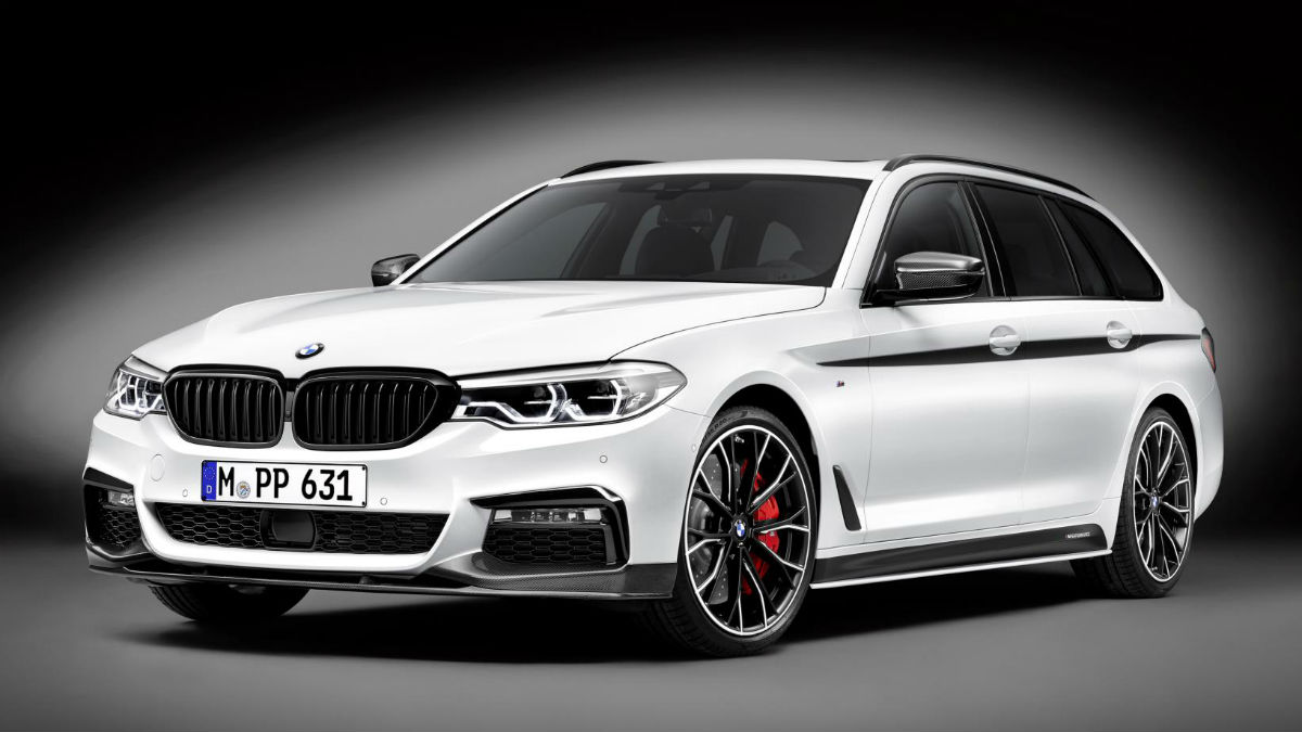 El nuevo BMW Serie 5 Touring recibe los accesorios M Performance, gracias a los cuales podremos transformar el carácter del vehículo en el de todo un deportivo.