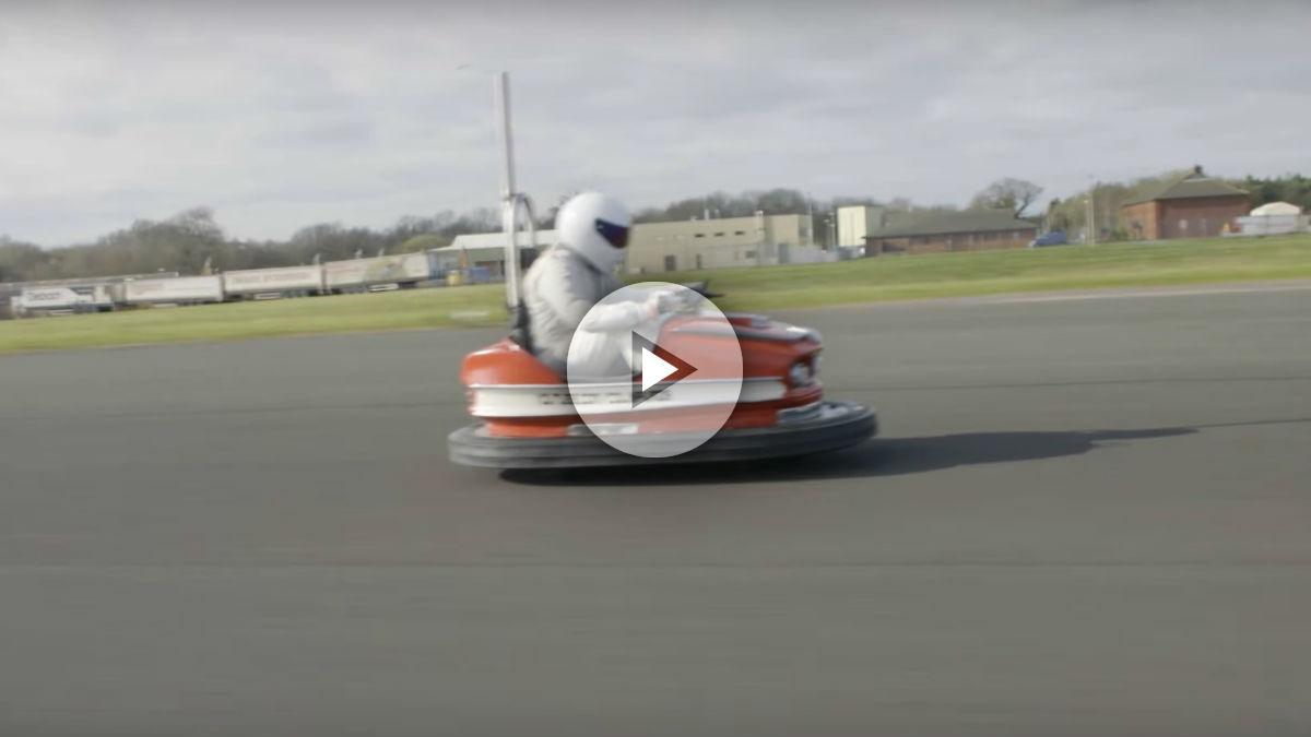 El Libro Guinness de los récords tiene una nueva plusmarca en su interior, la del coche de choque más rápido de la historia.