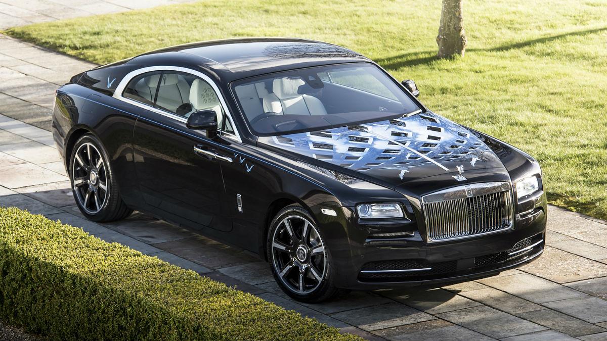 El nuevo Rolls-Royce Wraith creado con la colaboración de Roger Daltrey se venderá con el fin de recaudar dinero para diferentes asociaciones.