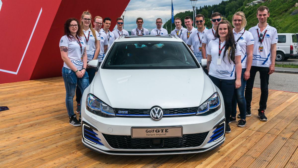 El nuevo Volkswagen Golf GTE Performance Concept es una de las joyas que la marca alemana ha presentado en el Wörthersee 2017, junto al Up! GTI Concept.