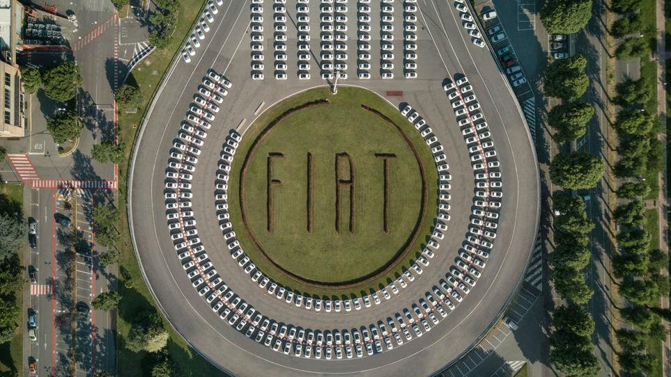 Fiar ha batido uno de los récords más inverosímiles de su historia al ser capaz de entregar casi 1.500 coches a sus dueños en 48 horas.