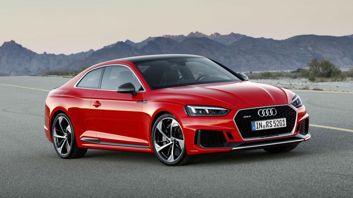 El nuevo Audi RS 5 Coupé llega a los concesionarios españoles con mejoras en todos los frentes y con un motor de nuevo desarrollo con 450 CV.
