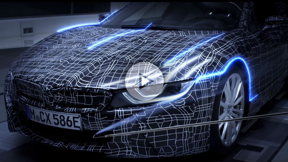 La llegada al mercado del BMW i8 Roadster es ya una certeza, después de que el modelo haya debutado con un vídeo teaser que aquí os mostramos.