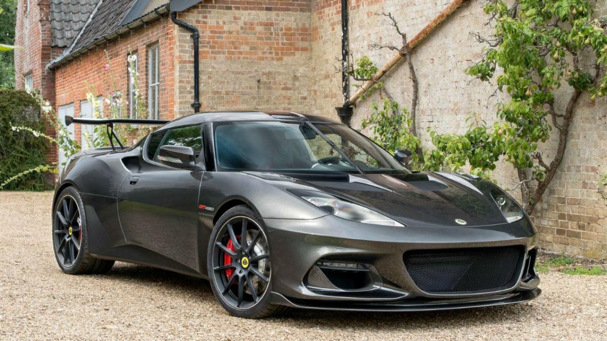 El nuevoLotus Evora GT430 llega con la vitola de ser el coche de calle más potente jamás fabricado por la marca británica.