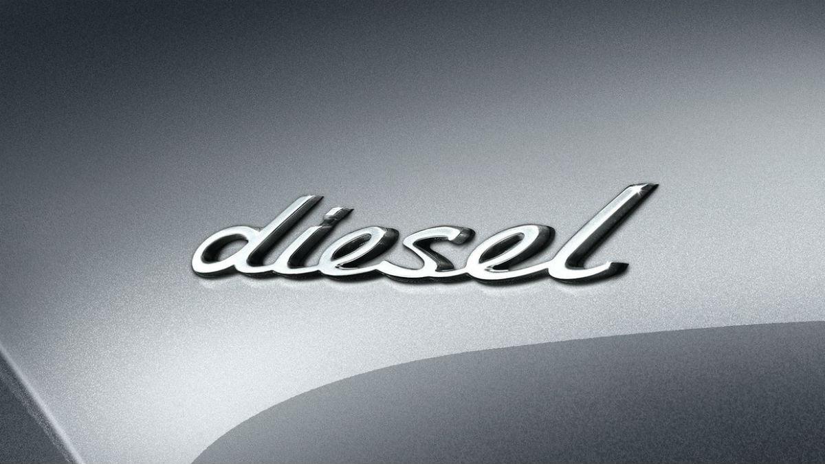 Gasolina o diesel, ¿qué combustible contamina más? Un reciente estudio apunta, al contrario de lo que creíamos, que la palma se la lleva el primero.