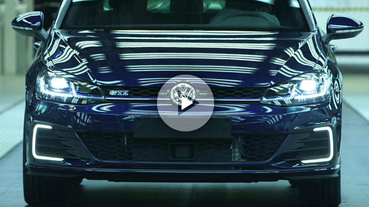 Volkswagen nos ofrece un curioso vídeo en el que se muestra el proceso de fabricación del Golf GTE en tan solo 60 segundos.