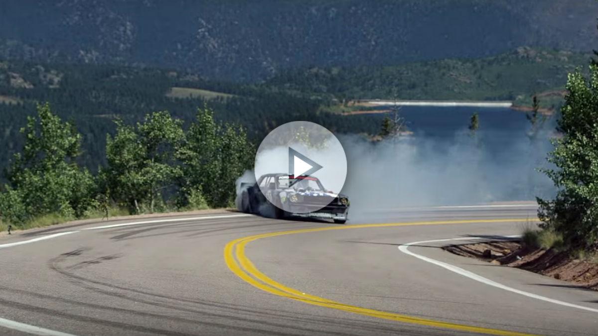 La última locura de Ken Block ha sido subir el mítico Pikes Peak a golpe de derrape al volante de una bestia de 1.400 CV.