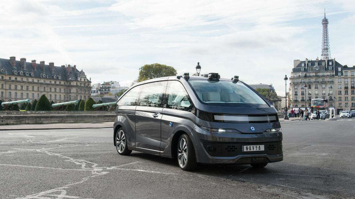 El Navya Autonom Cab es un medio de transporte totalmente autónomo que pretende estrenarse en París en la segunda mitad de 2018.