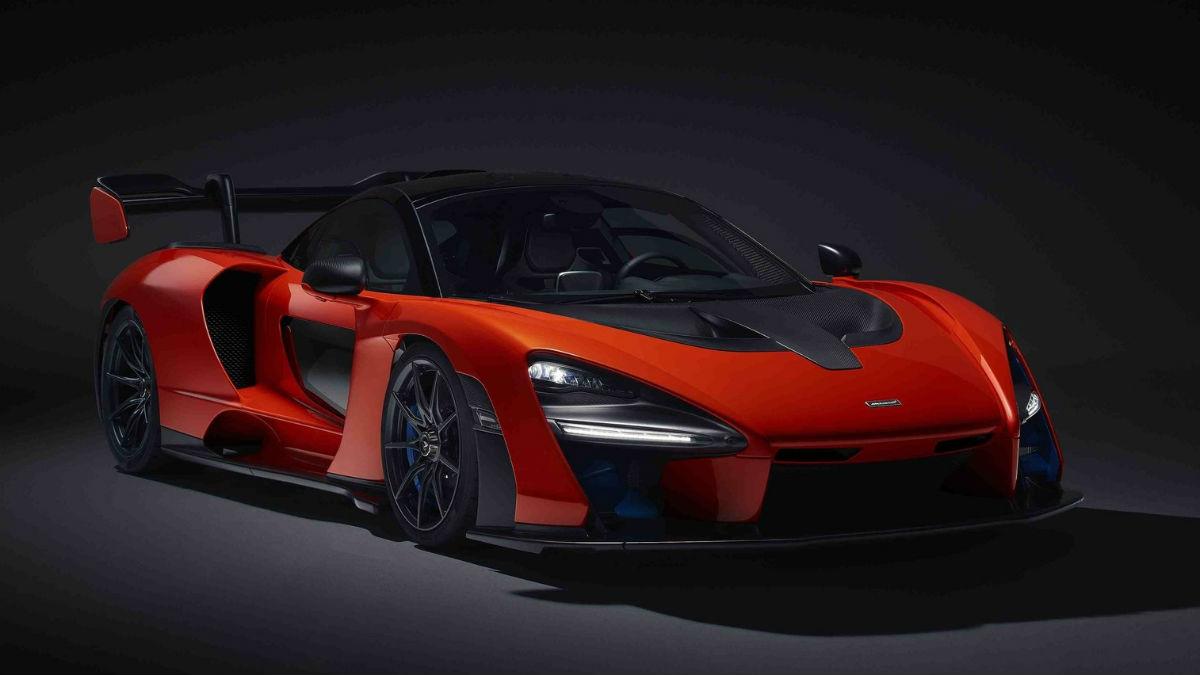 Una unidad del McLaren Senna ha sido subastada con fines benéficos alcanzando una recaudación que supera por mucho el precio original del coche.
