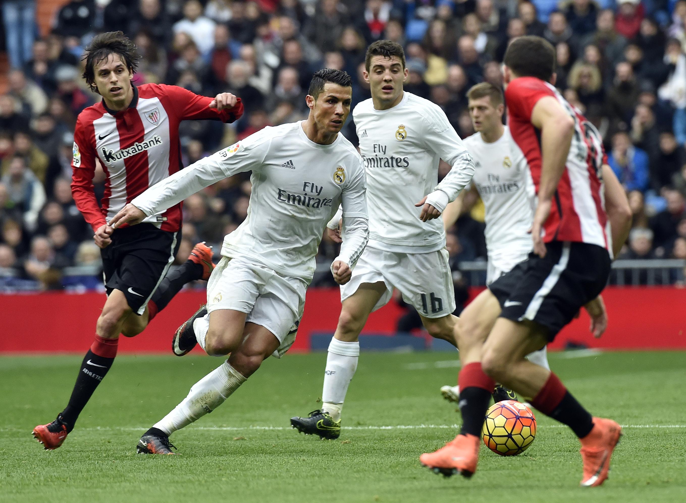 Cristiano fue protagonista en la victoria del Real Madrid contra el Athletic. (AFP)