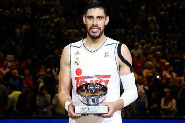Ayón fue elegido MVP de la Copa del Rey. (Imagen: realmadrid.com)
