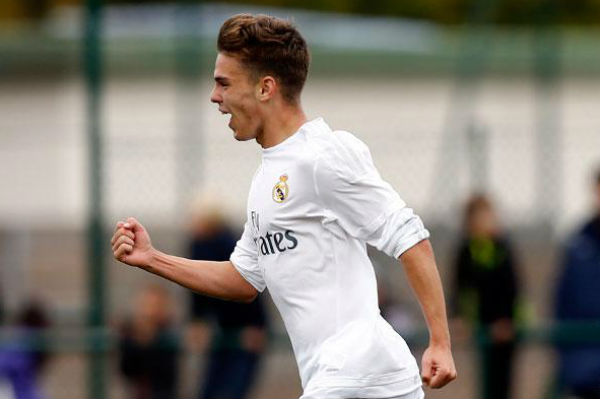 Aleix Febas celebra un gol contra el Amorebieta. (Imagen:realmadrid.com)