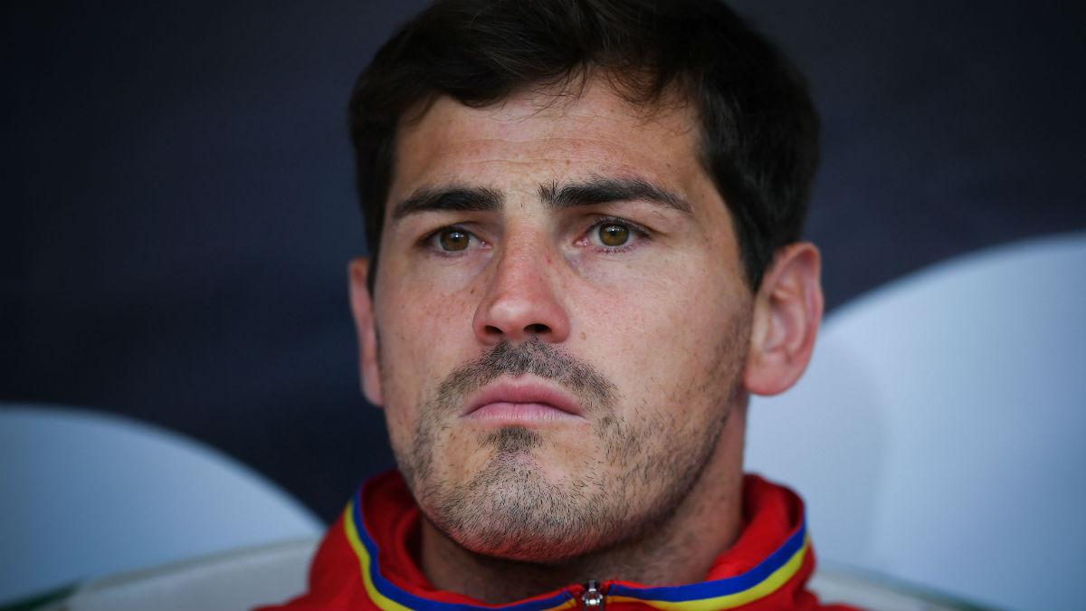 Iker Casillas en e banquillo de la selección española. (Getty)