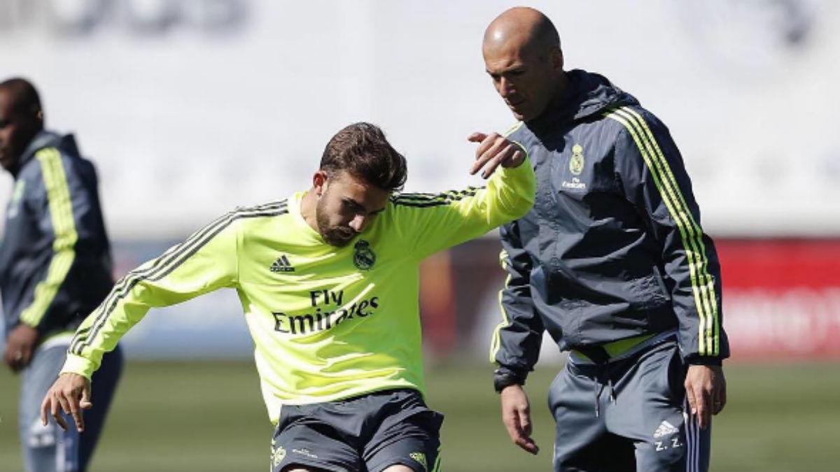 Zidane y Mayoral en un entrenamiento.
