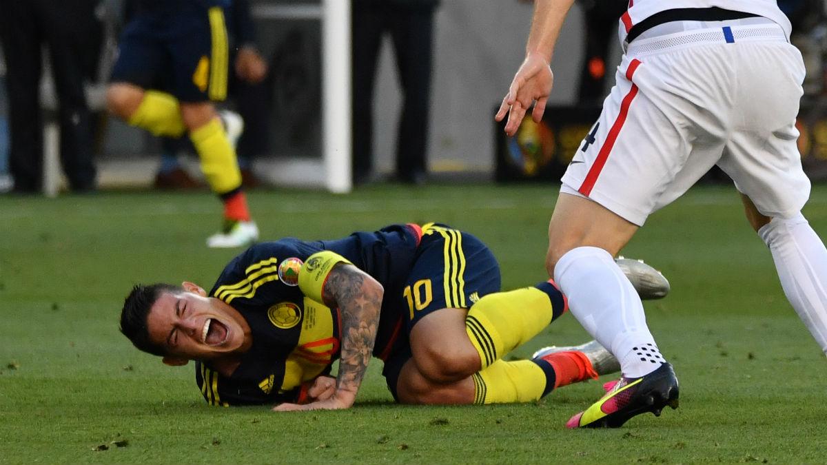 James Rodríguez se lesionó el hombro contra Estados Unidos. (AFP)