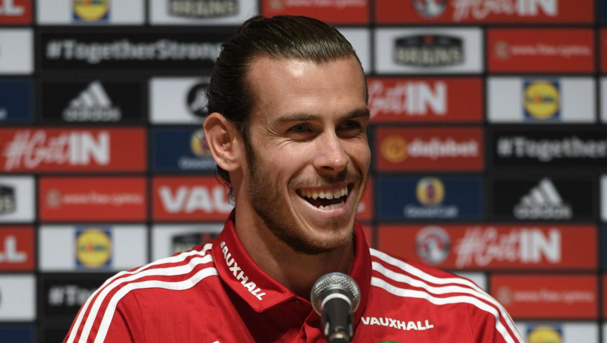 Bale calienta el partido ante Inglaterra. (Getty)
