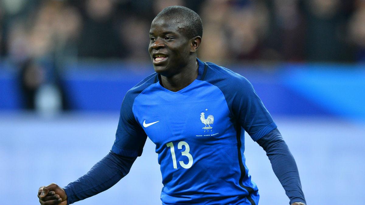 Kante celebra un gol con Francia. (Getty)