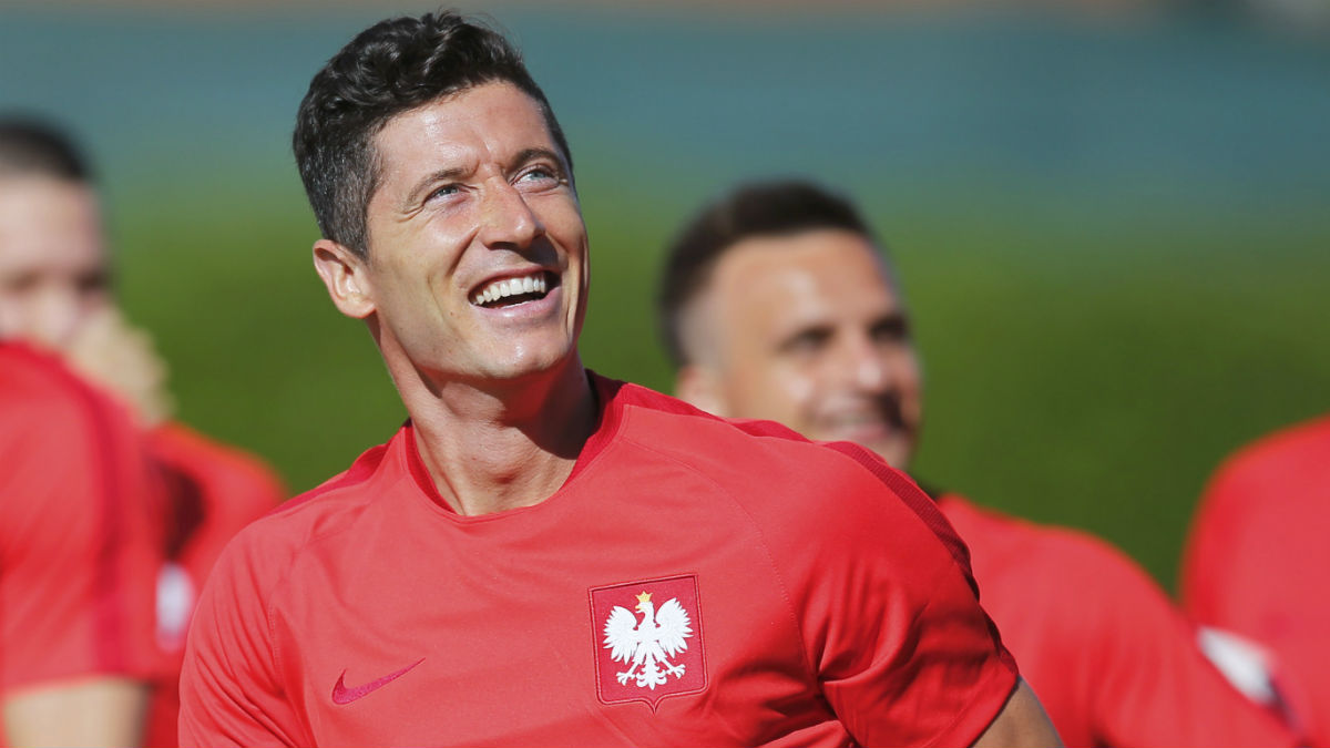 Lewandowski, en un entrenamiento con Polonia. (Reuters)