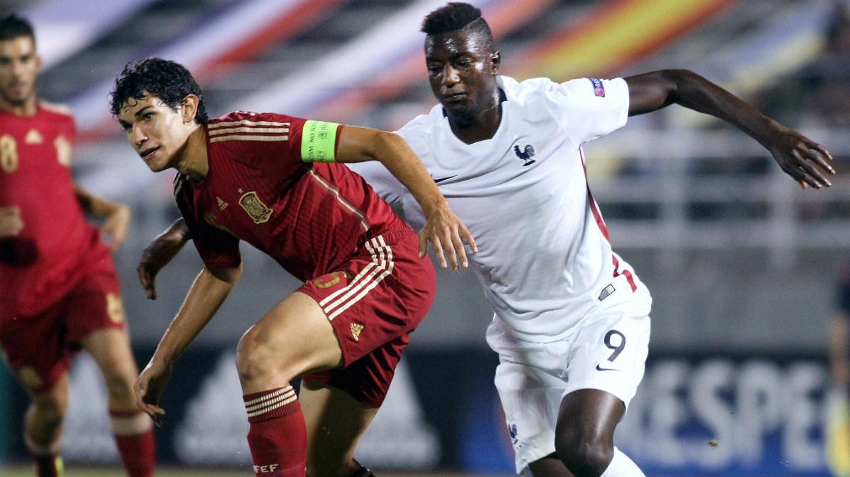 Vallejo se marcha cedido al Eintracht. (AFP)
