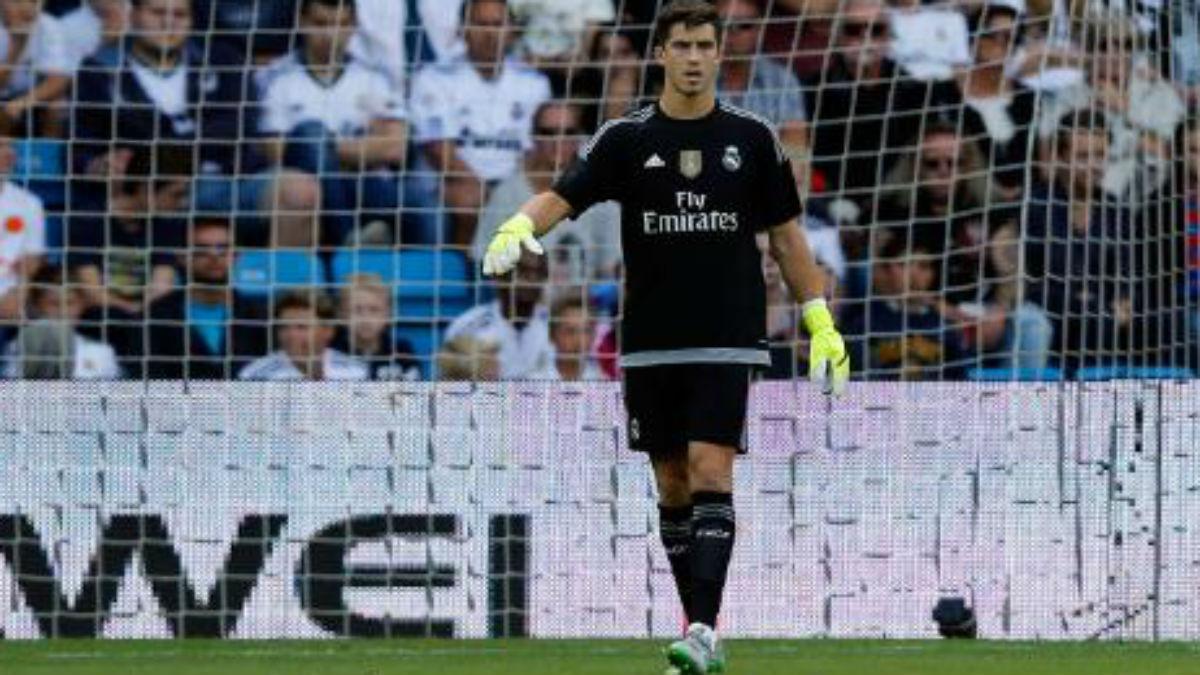 Rubén Yáñez defendiendo la portería del Real Madrid. (Realmadrid.com)