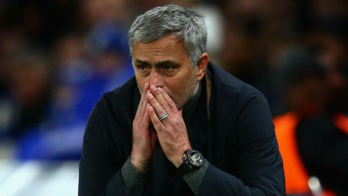 Mourinho, durante un partido. (Getty)