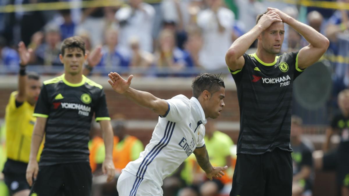 Mariano celebra su golazo ante el Chelsea. (AFP)