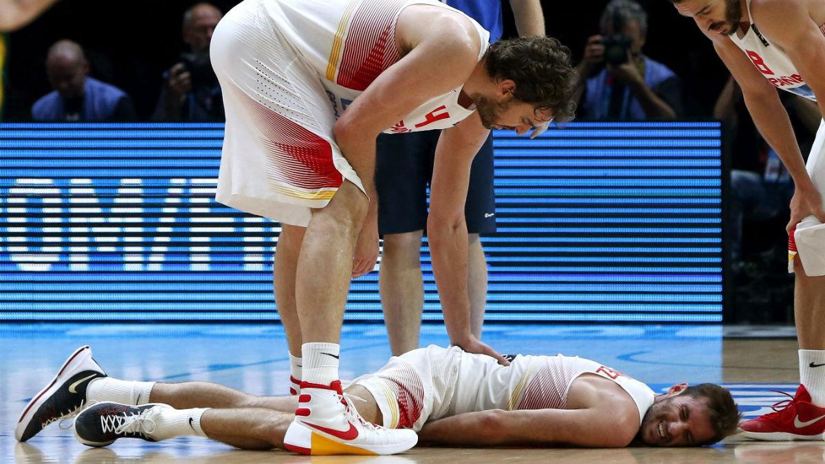 Rudy Fernández, caído en la pasada final del EuroBasket. (Getty)
