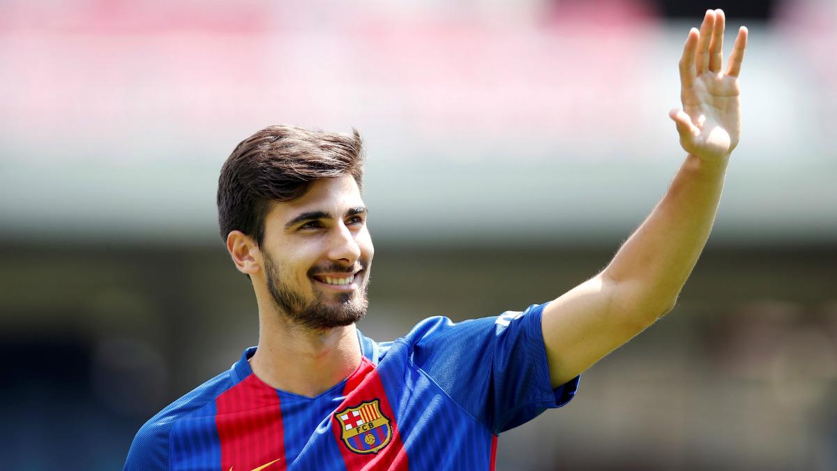 André Gomes, en su presentación con el Barcelona. (Reuters)