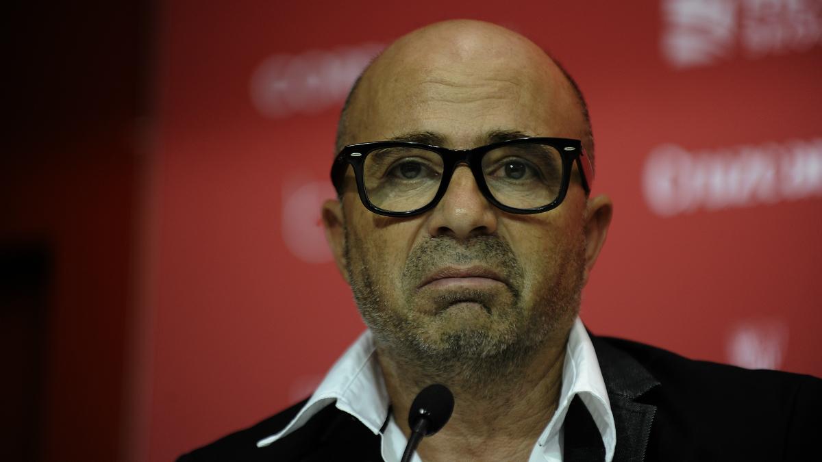 Sampaoli, en una rueda de prensa como entrenador del Sevilla. (AFP)