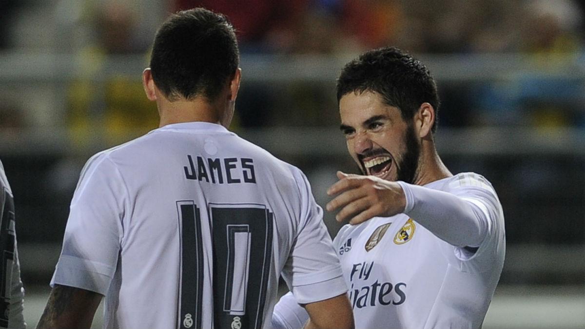 James e Isco celebran un gol en un partido de Liga. (AFP)