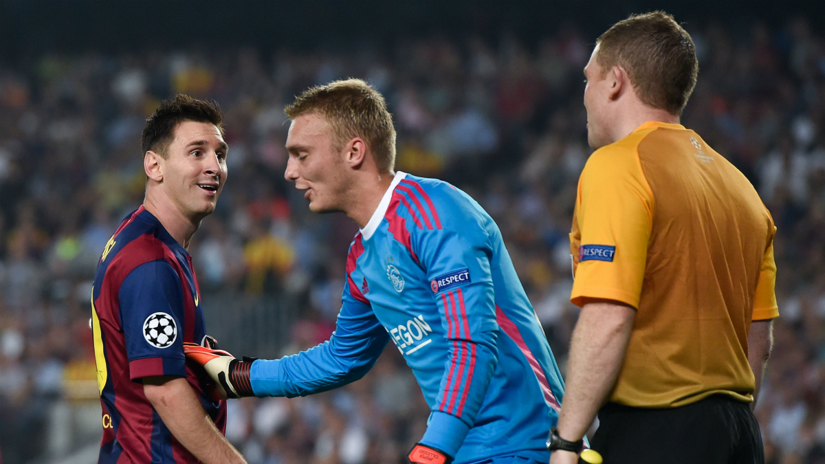 Cillessen y Messi, en un partido de Champions League. (Getty)