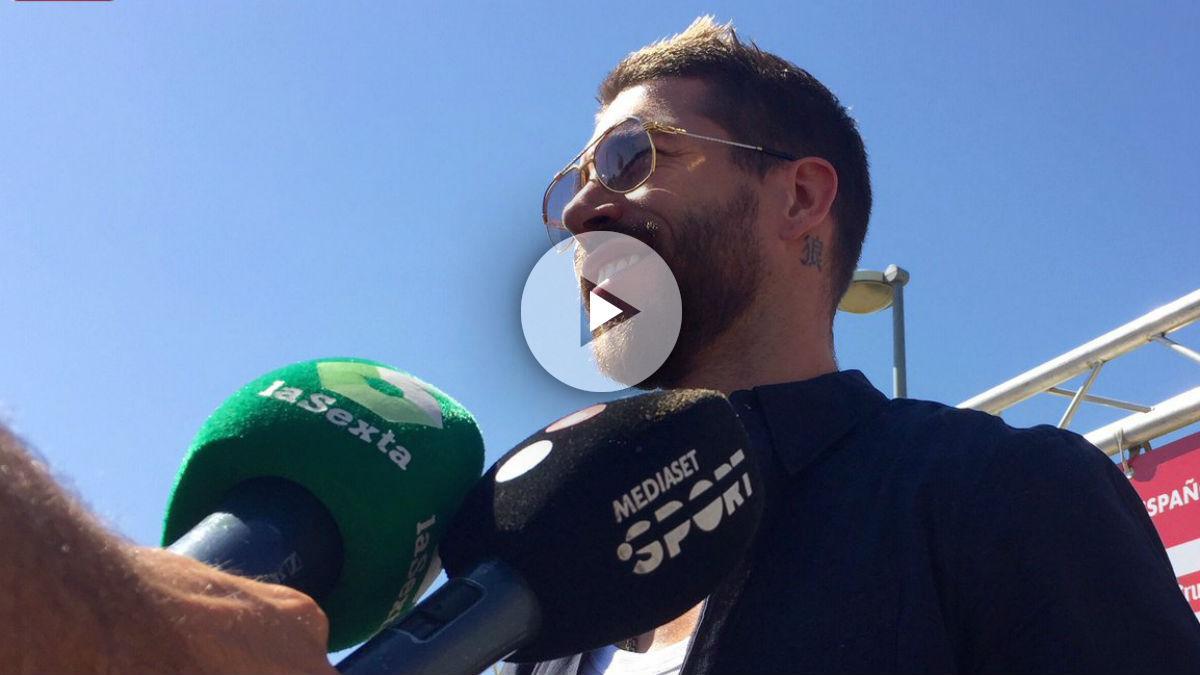 Ramos atiende a los medios. (@Sefutbol)