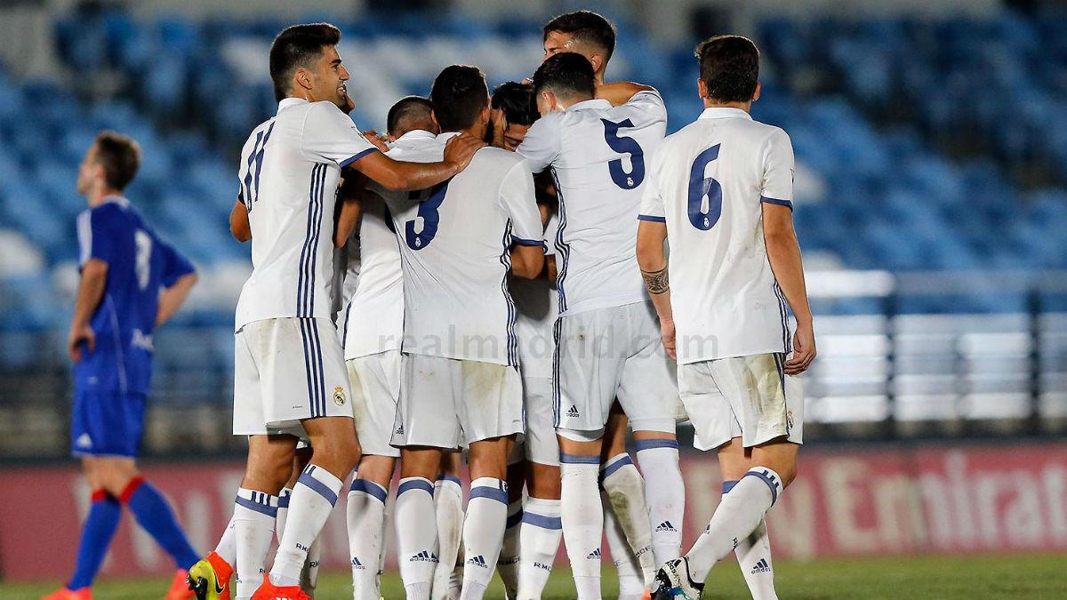 El Castilla celebra un gol ante el Amorebieta. (Realmadrid.com)