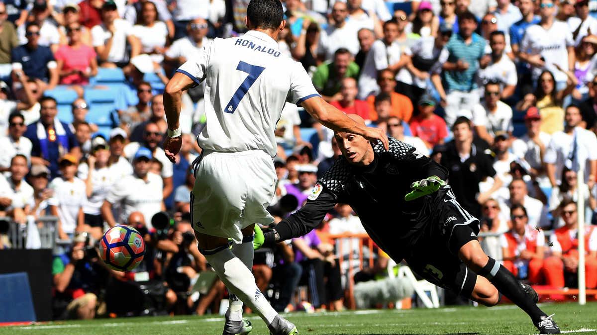 Cristiano abrió la lata contra Osasuna. (AFP)