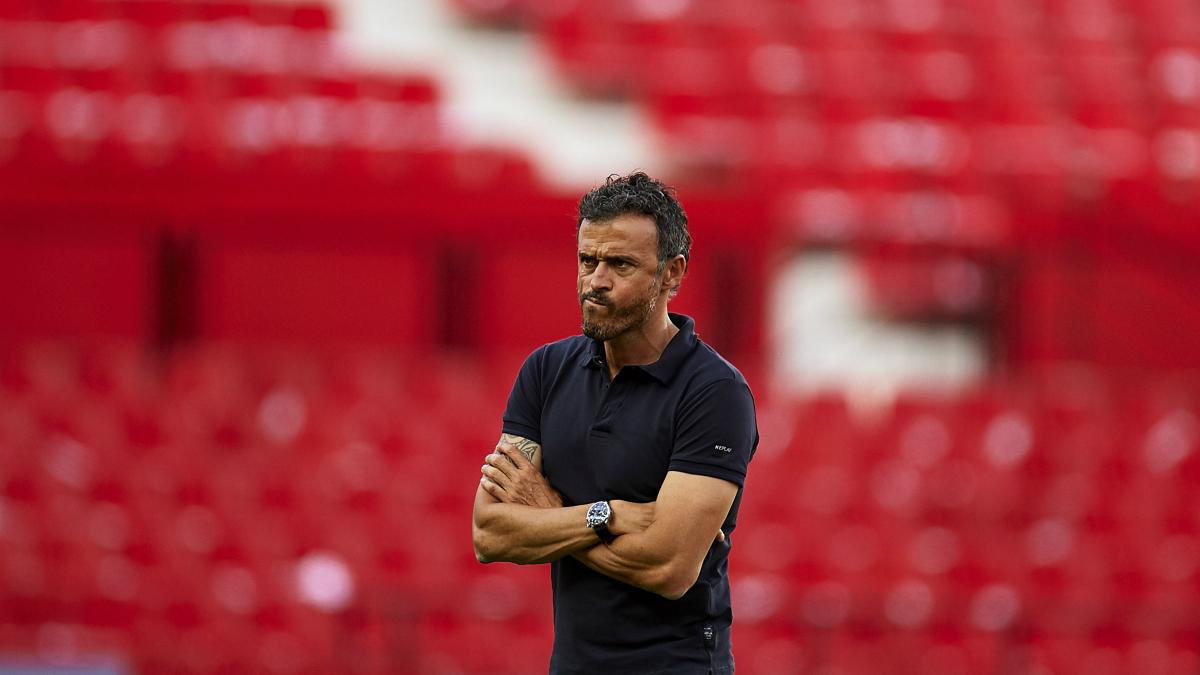 Luis Enrique, en un entrenamiento del Barcelona. (Getty)