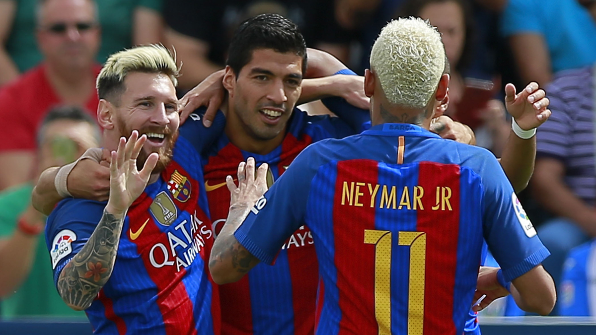 Messi, Suárez y Neymar, celebrando el gol del uruguayo ante el Leganés.