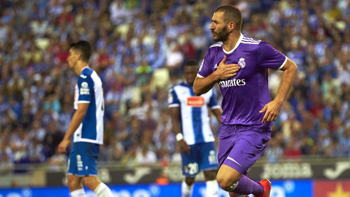 Benzema celebra su gol frente al Espanyol. (EFE)