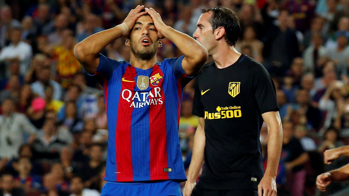 Luis Suárez durante el partido contra el Atlético. (Reuters)