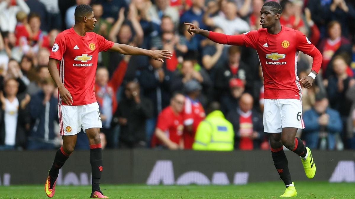Rashford y Pogba celebran uno de los goles del United. (Getty)