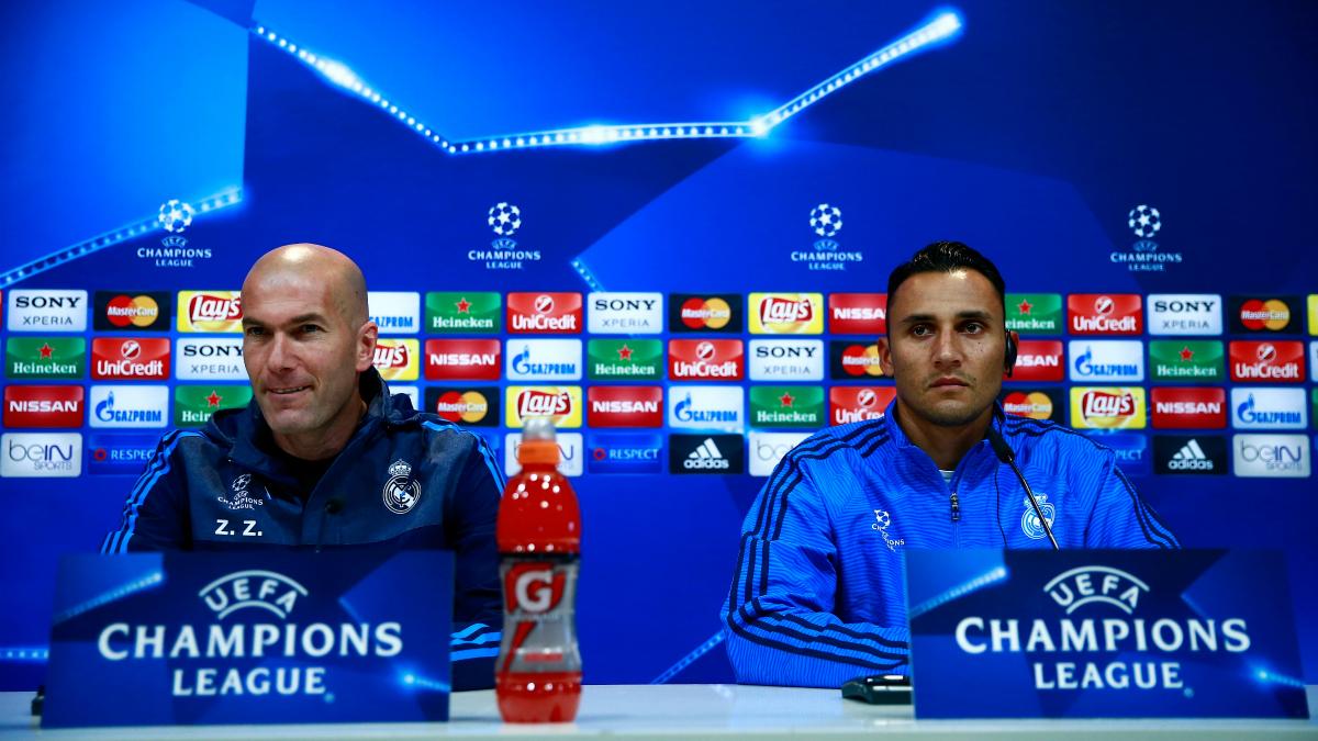 Zidane y Keylor Navas, en sala de prensa. (Getty)