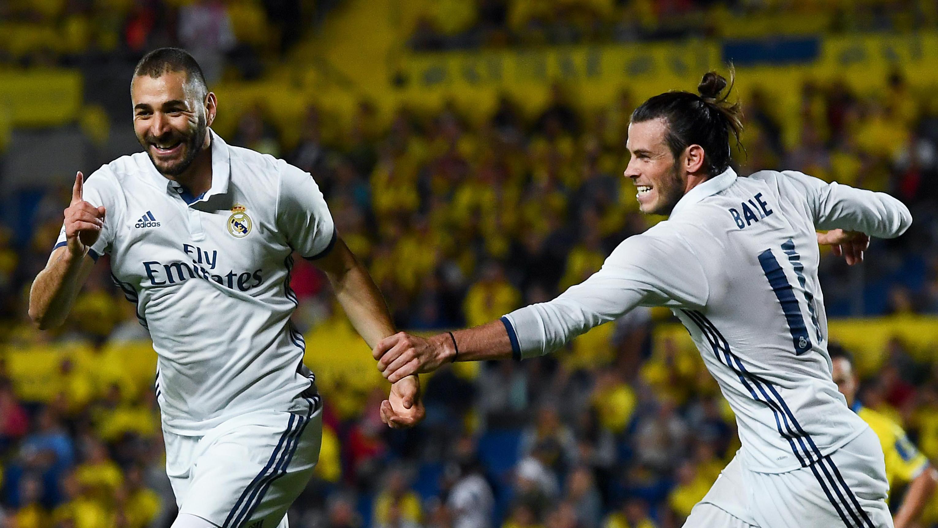Benzema y Bale, celebrando un gol del Real Madrid.
