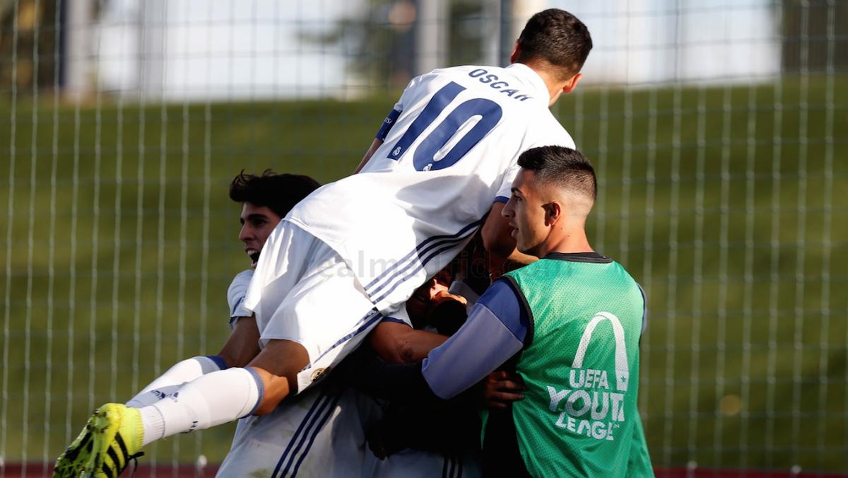 El Juvenil A celebra un gol en la UEFA Youth League. (Realmadrid.com)