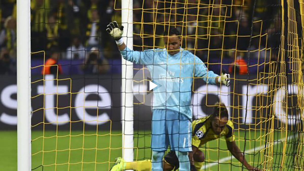 Keylor se lamenta tras el gol de Aubameyang. (Reuters)