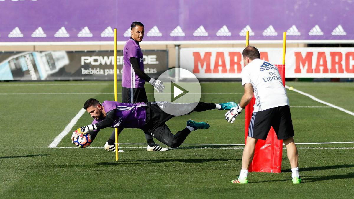 Kiko Casilla, en un entrenamiento del Real Madrid. (realmadrid.com)
